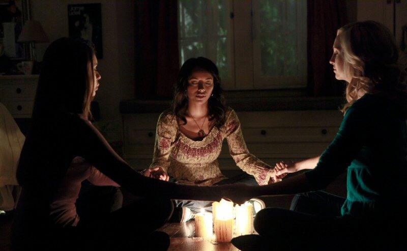Дневники вампира, 1 сезон ( / The Vampire Diaries, season 1)